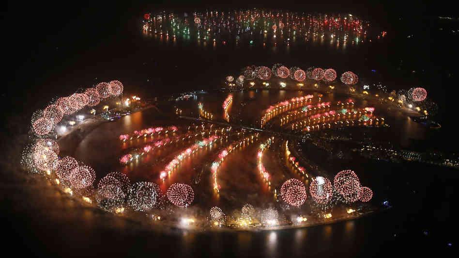 World Record Breaker firework at Palm Jumeirah